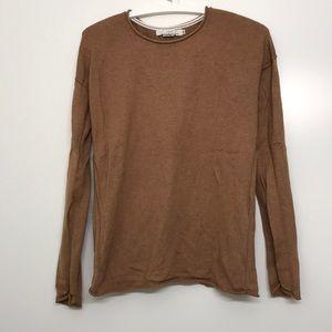 H&M light sweater.